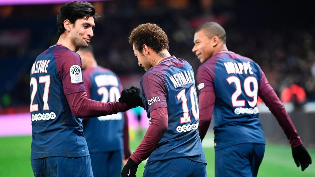 Neymar competition behind PSG exit Pastore