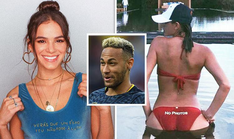 World Cup 2018 Neymars girlfriend Bruna sends Brazil star luck with sultry selfie