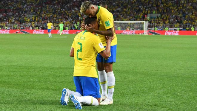 Serbia vs Brasil Neymar and Thiago Silva make up and celebrate together MARCA in English