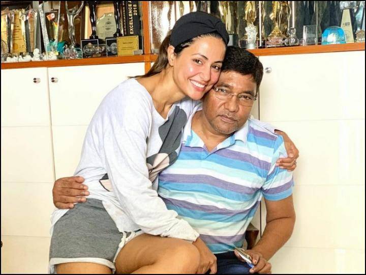 Hina Khan Shares First Post After Fathers Death To Take Break From Social Media