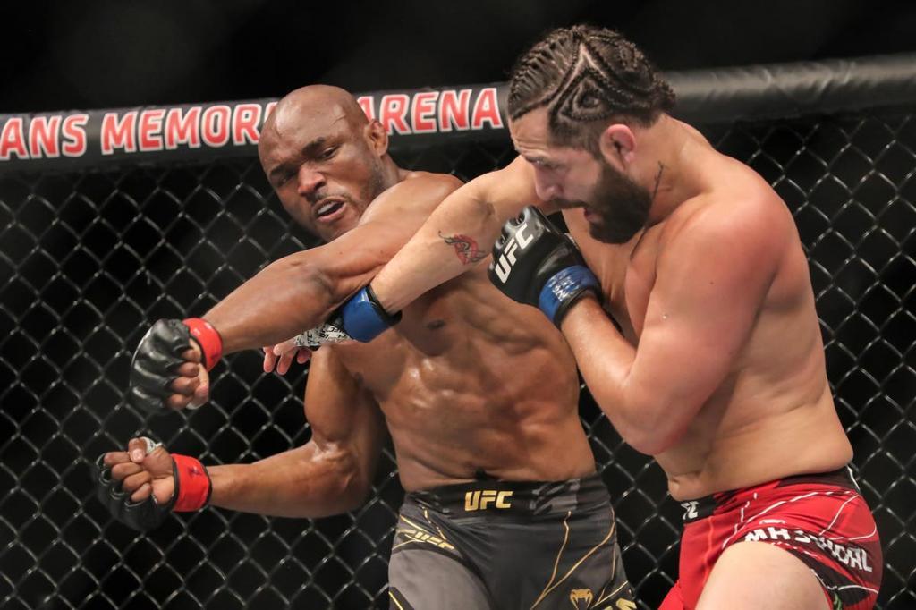 Kamaru Usman knocks out Jorge Masvidal in brutal fashion at UFC 261 - Video