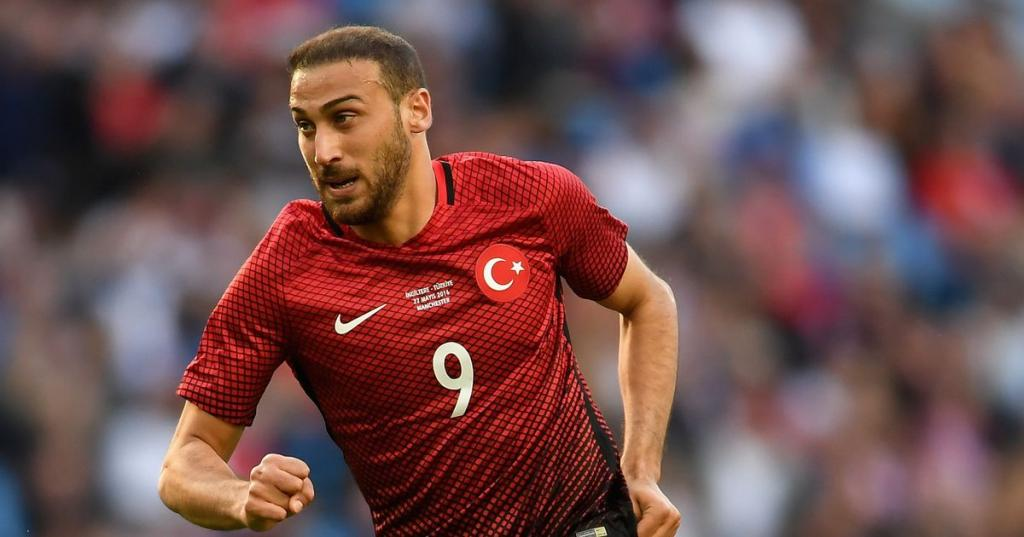 Besiktas have fired a warning to Everton over Cenk Tosun