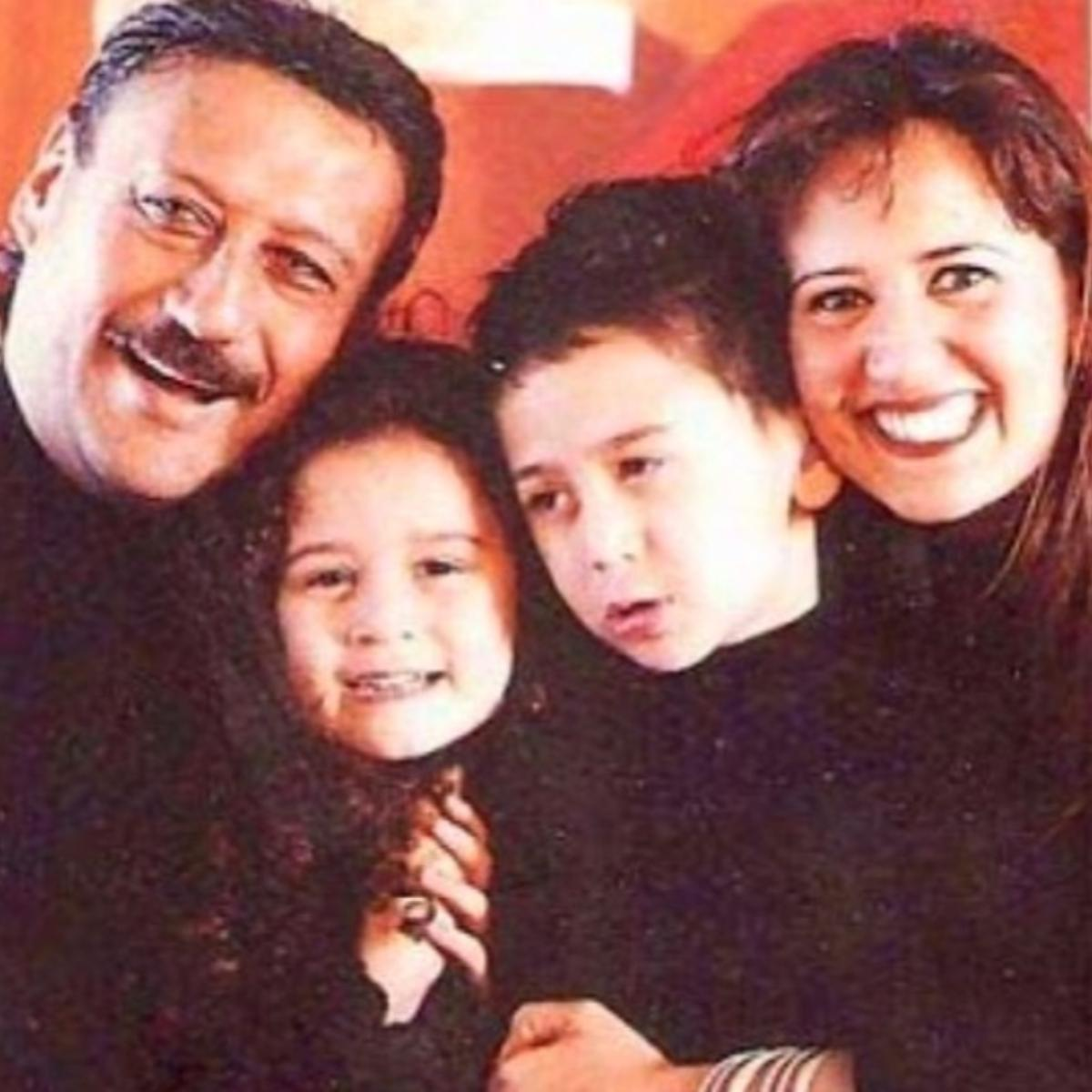 Jackie Shroff's adorable family PHOTOS with Tiger Shroff & Krishna prove he shares a great bond with them