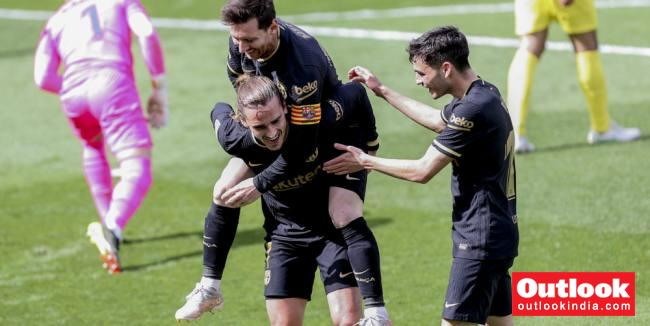 Villarreal 1-2 Barcelona: Antoine Griezmann Double Keeps Pressure On Atletico Madrid