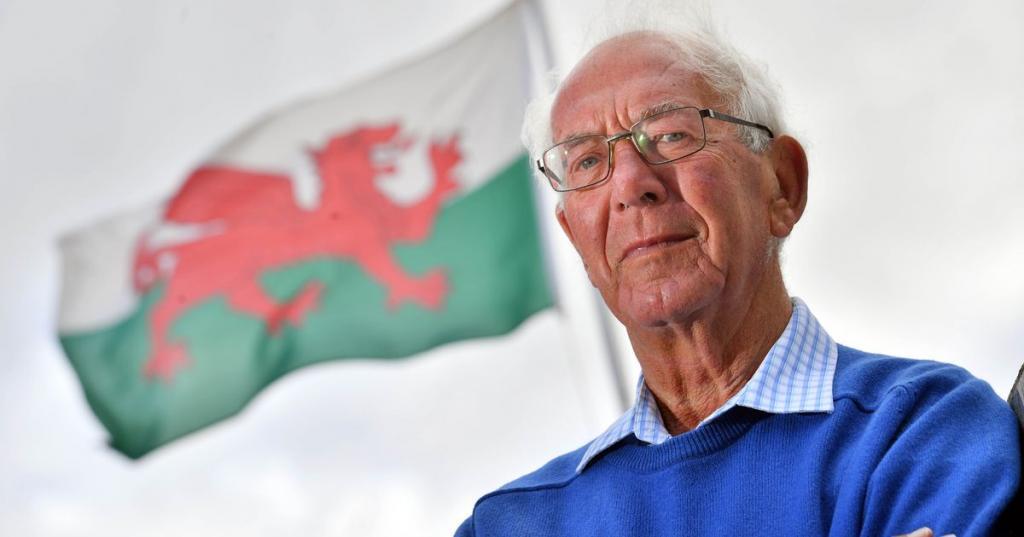 Wales rugby legend John Dawes dies aged 80