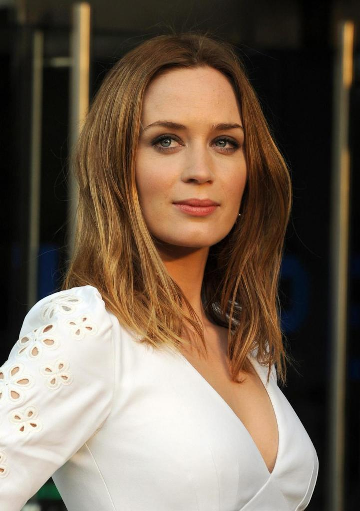 Images About Emily Blunt On Pinterest   Emily Blunt, Knots
