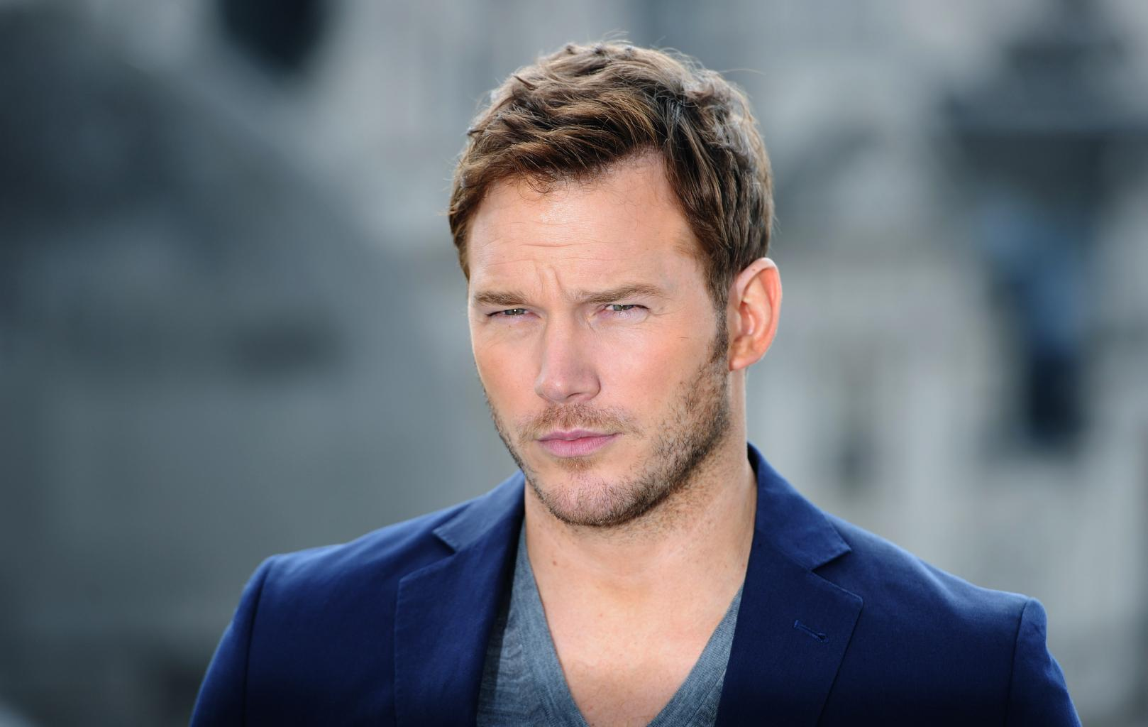 10 Perfect Pics Of Everyone's Pretend Boyfriend, Chris Pratt