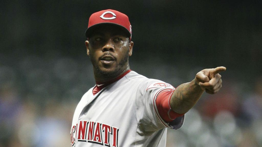 Dodgers Acquire Aroldis Chapman From Reds For Prospects, Report Says