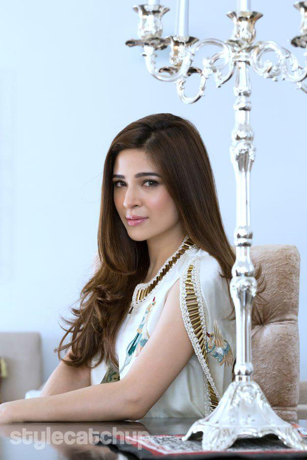 Ayesha Omar Looks Super Gorgeous In Her Photo Shoot!