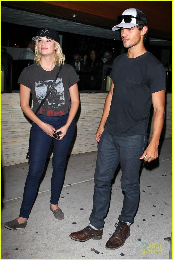 Taylor Lautner: Red O Dinner with Ashley Benson! Photo