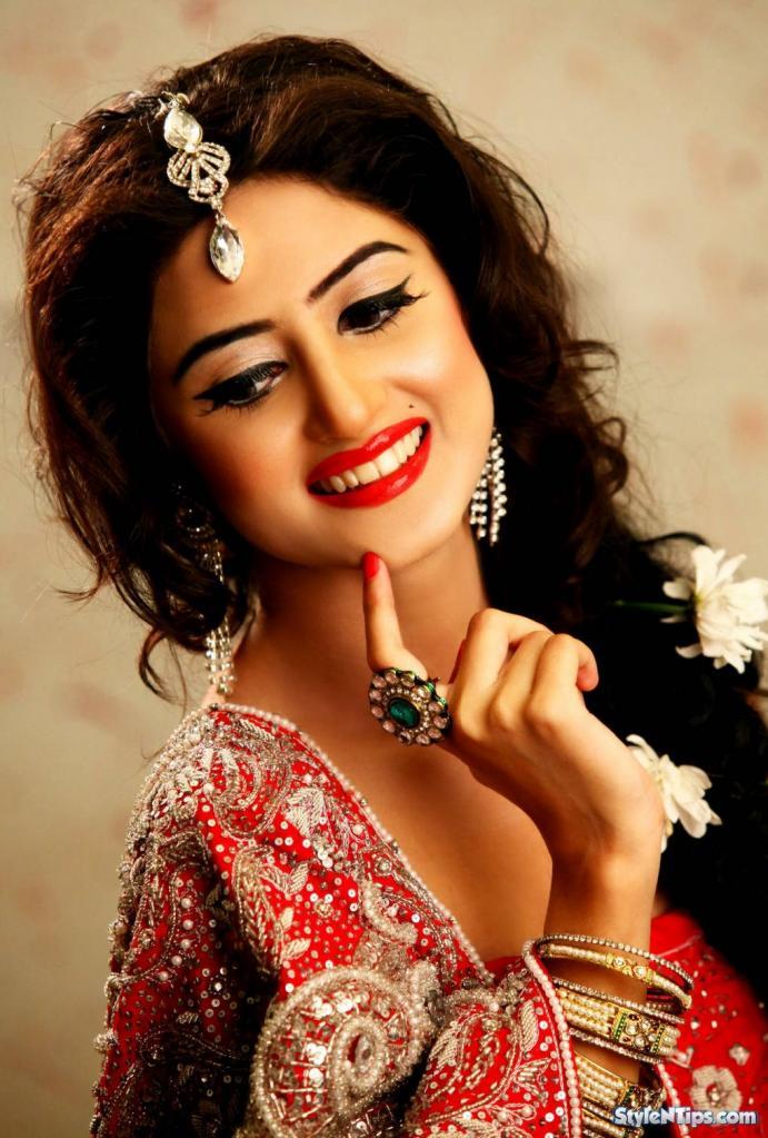 Sajal Ali Wedding Pics, Biography And Career News
