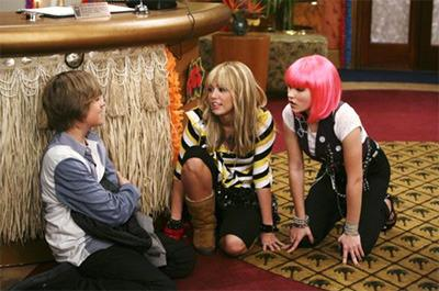 Dylan Sprouse and Miley Cyrus Coolspotters