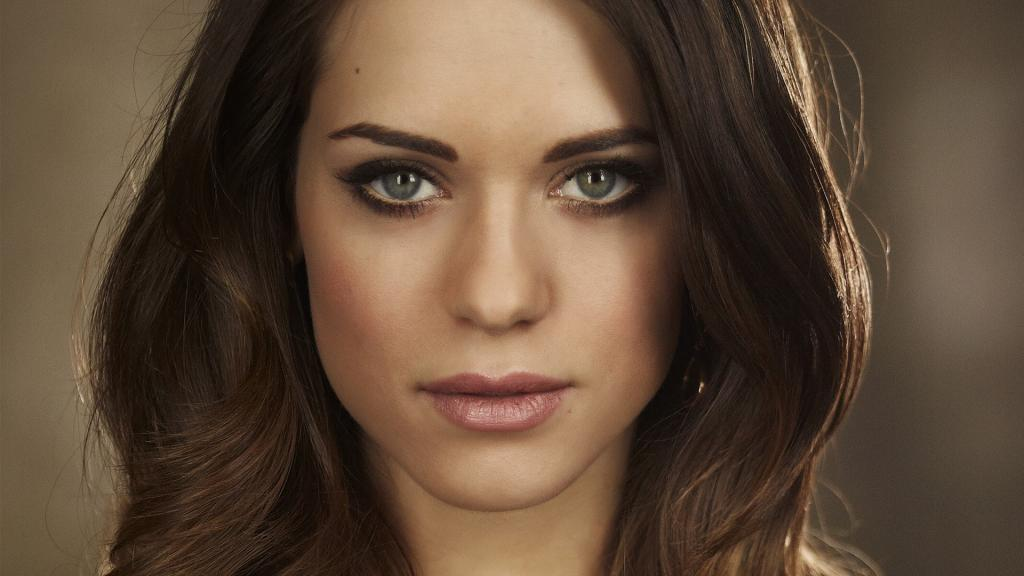 14 Lyndsy Fonseca HD Wallpapers   Backgrounds - Wallpaper Abyss