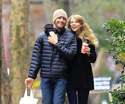 Taylor Swift and Jake Gyllenhaal photos