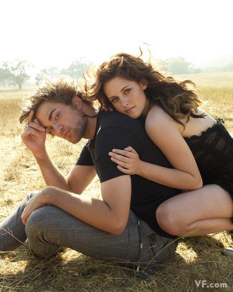 VF Outtakes - Robert Pattinson & Kristen Stewart Photo