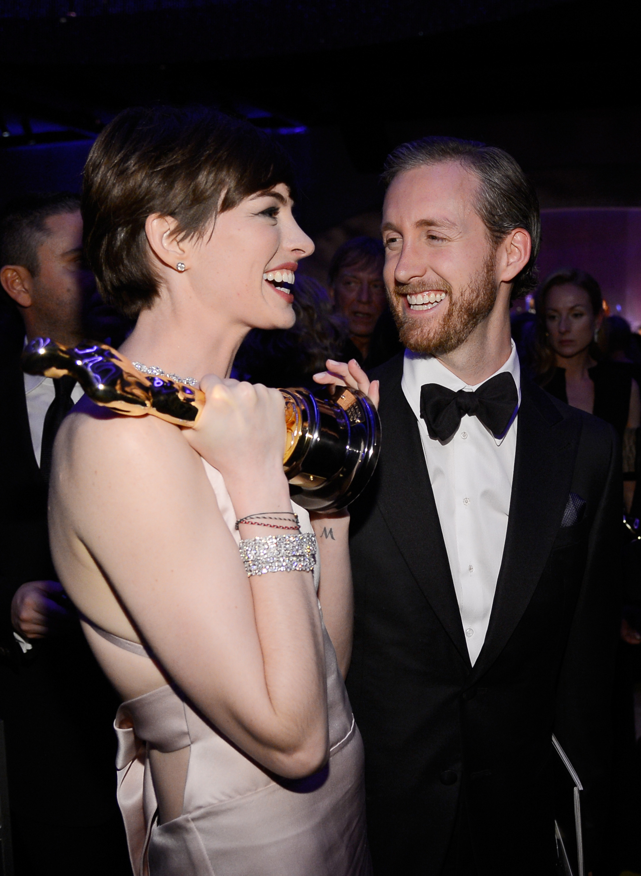 Adam Shulman, Anne Hathaway's Husband: 5 Facts You Need To Know