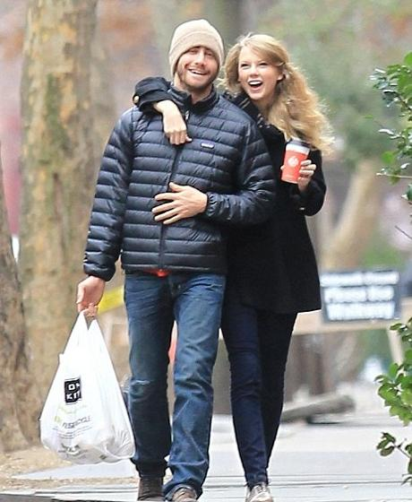 Taylor Swift Is Begging Jake Gyllenhaal to Take Her Back - Softpedia