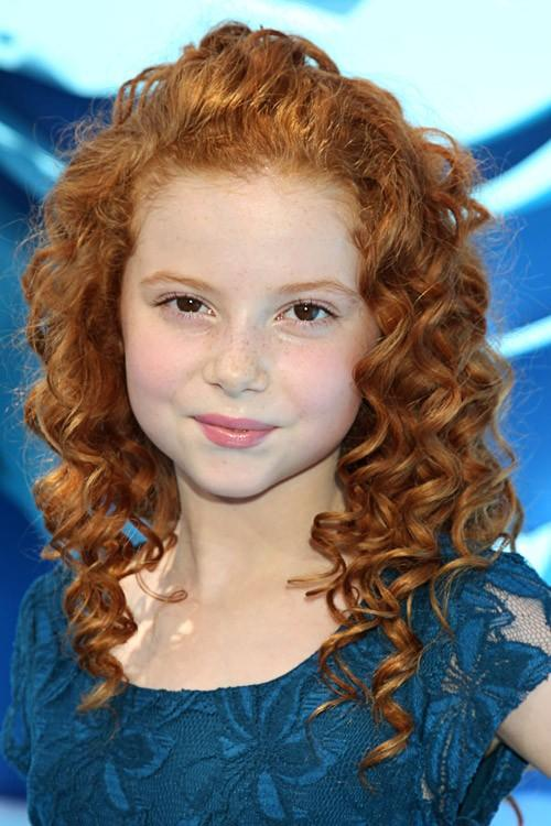 Francesca Capaldi Clothes & Outfits   Steal Her Style