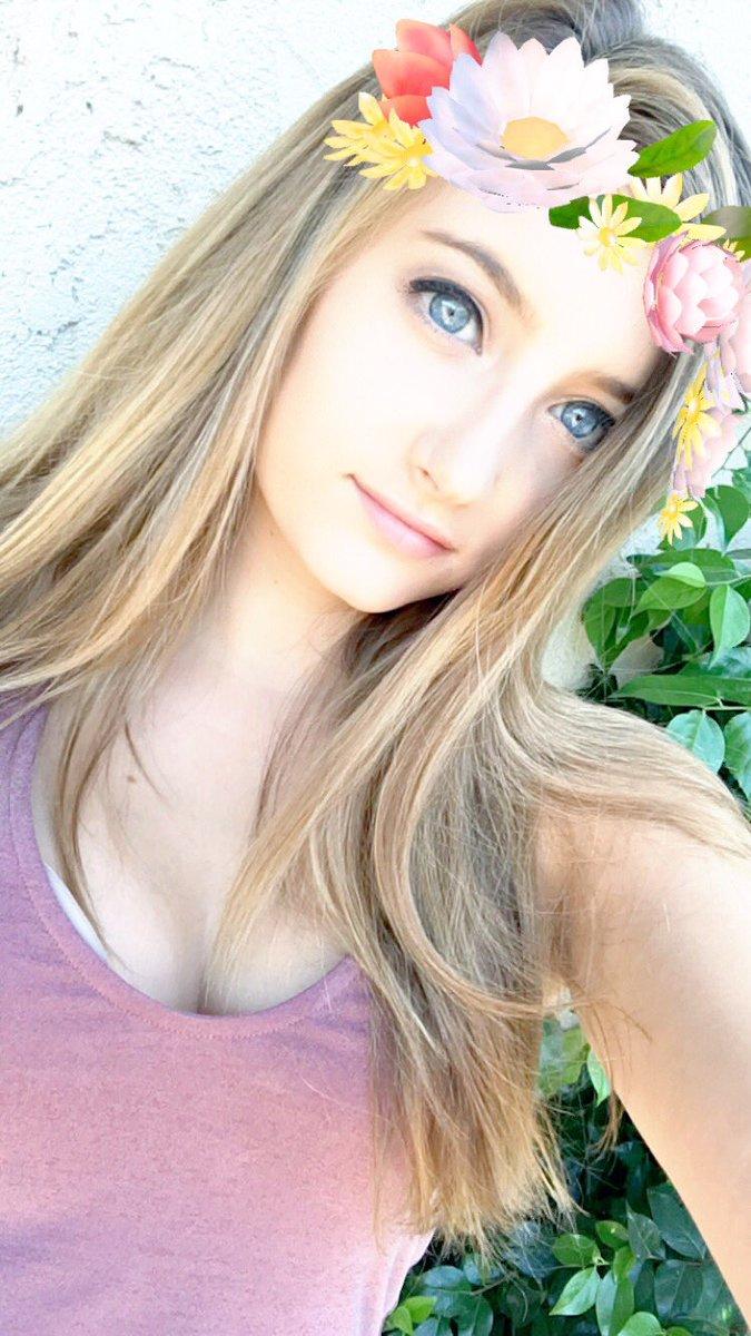 "Christina Crockett On Twitter: ""Add Me On Snapchat! Stina842842"
