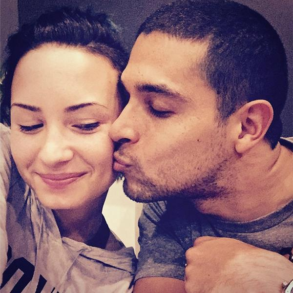 Demi Lovato Wilmer Valderrama Cheek Kiss Instagram