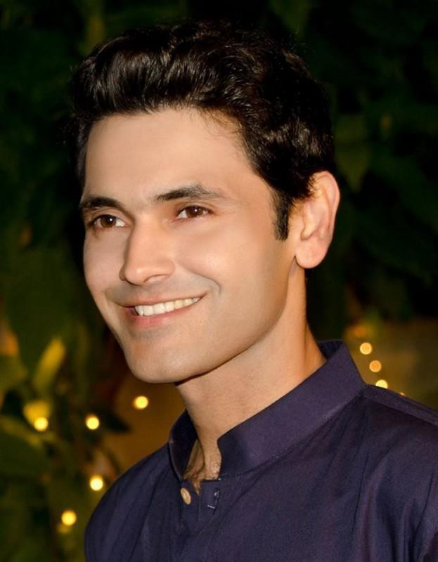 Fahad Mirza Drama List, Height, Date Of Birth & Net Worth