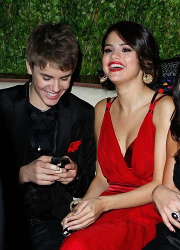 Selena Gomez And Justin Bieber: Singer Proves She's Over Her Ex On