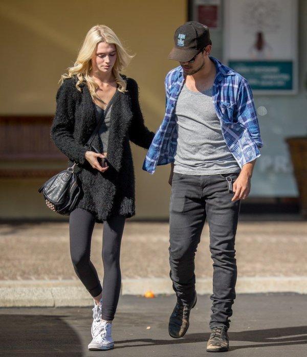 08.02.2015 Nouvelles Photos de Taylor Lautner avec Raina Lawson LA