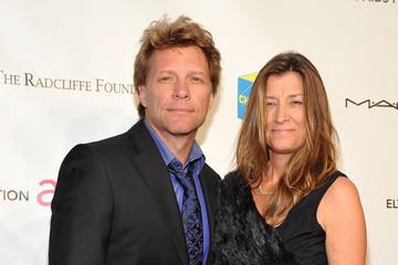 Jon Bon Jovi Dorothea Hurley Pictures, Photos & Images - Zimbio