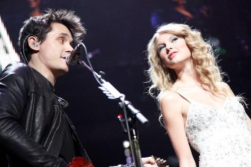 Top 40 love to Madison Square Garden . John Mayer , Taylor Swift