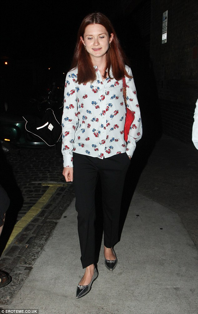 Bonnie Wright Heads To Chiltern Firehouse With Boyfriend Simon