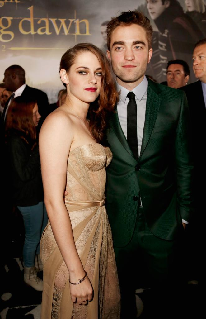 Robert Pattinson's Mother Hates Kristen Stewart | Veronica's Place