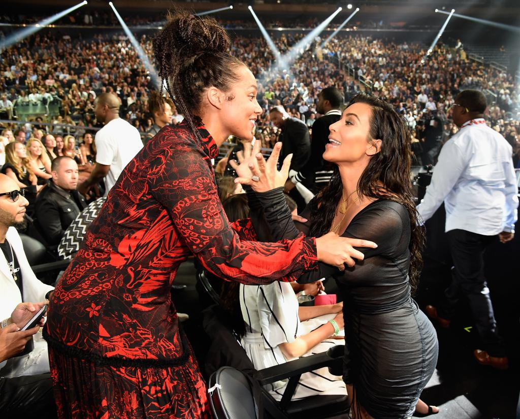2016 VMAs: 15 Behind-the-Scenes Moments You Missed