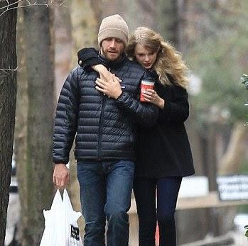Taylor Swift & Jake Gyllenhaal Split | Country Music Rocks