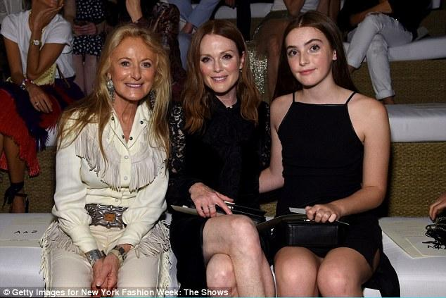 Julianne Moore And Lookalike Daughter Liv Freundlich Match In Black