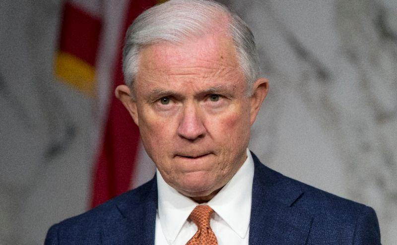 Hardline Anti-Immigration Reform Senator Jeff Sessions Endorses Trump