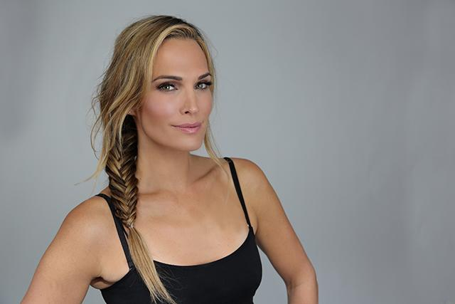 7 Supermodel Natural Beauty Tips & Tricks   Molly Sims