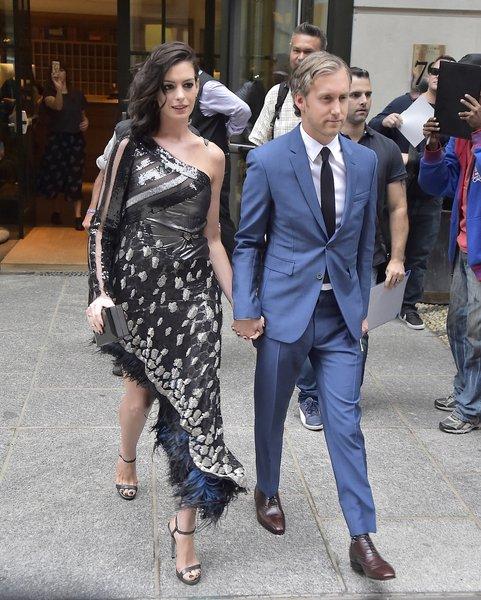 Anne Hathaway & Adam Shulman: A Love Story   Access Hollywood
