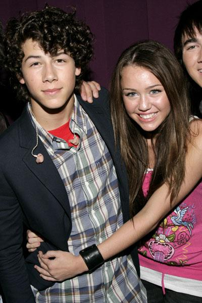 Miley cyrus nick jonas sex Nick Jonas and Miley Cyrus