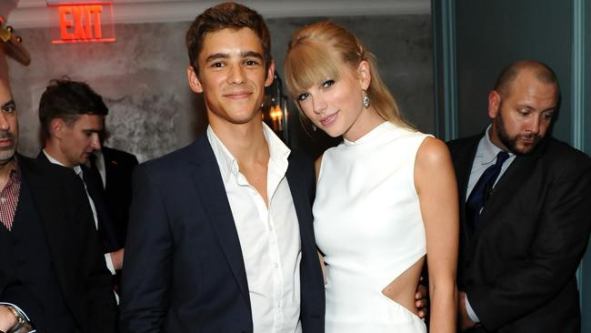 Taylor Swift's caught up in an Aussie love triangle with actor Brenton
