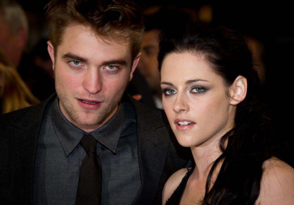 Robert Pattinson and Kristen Stewart Love Story Fashion Style Mag