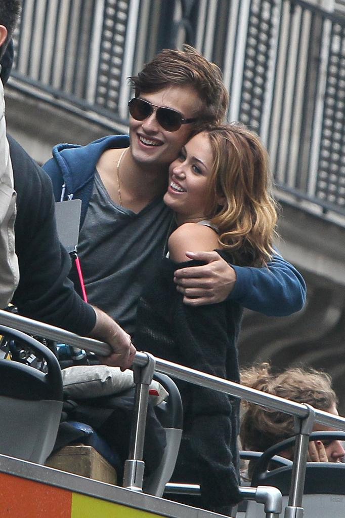 Miley Cyrus Douglas Booth LOL Miley Cyrus, Demi Moore in LOL: first