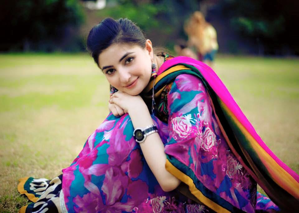 Gul Panra Old Photos