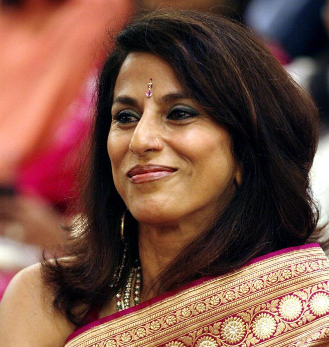 A Sari Needs Curves, Kate Has None: Shobhaa De Body Shames Kate