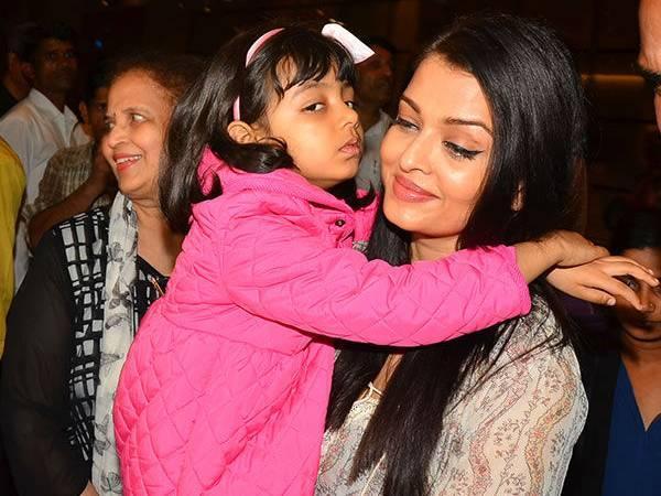 Aaradhya Bachchan Throws A Tantrum At Mumbai Airport - Aaradhya