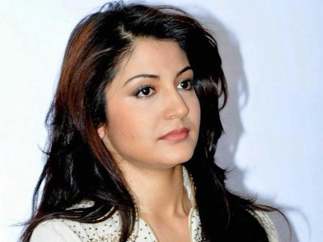 Actress Anushka Sharma   Contact Phone Number Address      Contact