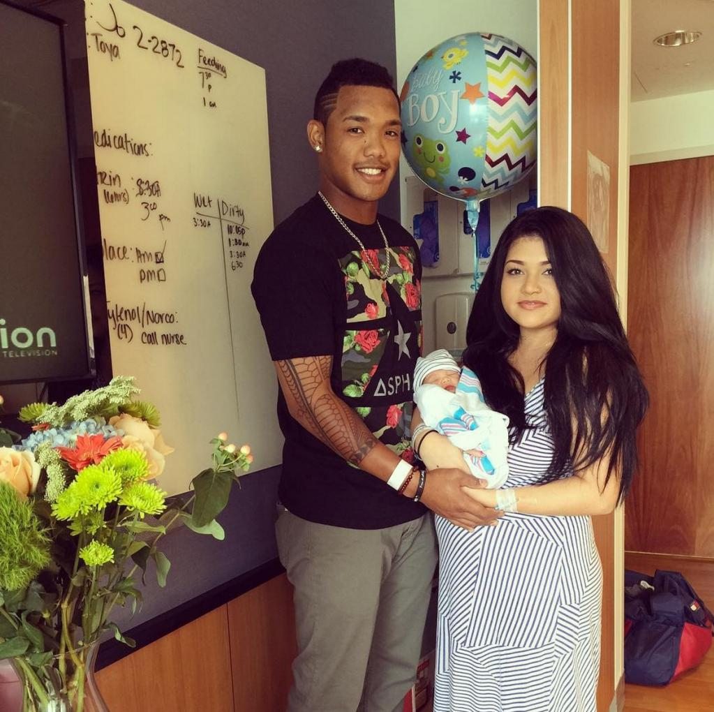 Addison Russell Welcomes Second Child, Didn't Travel With Team To