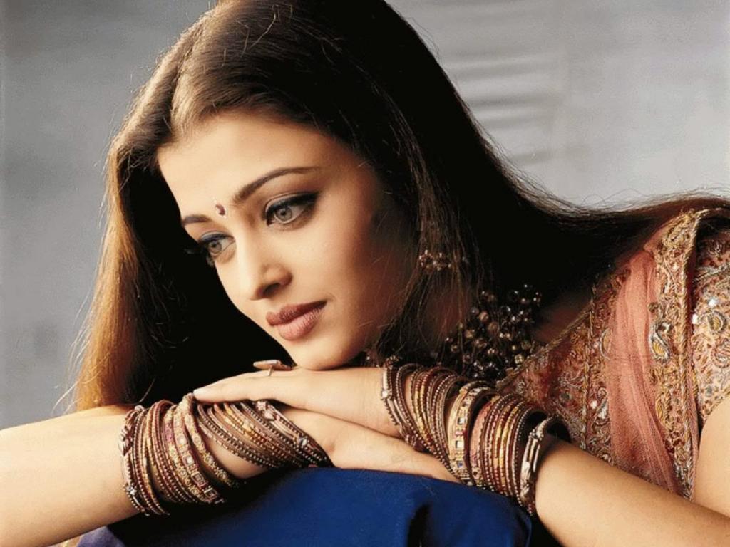 Aishwarya Rai Pictures HD Wallpapers Free
