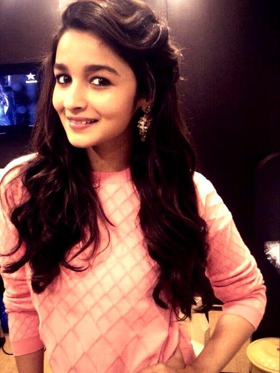 Alia Bhatt, Cute Pictures And Tops On Pinterest