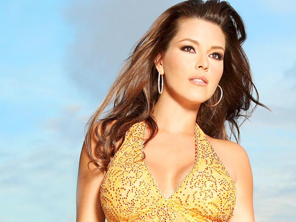 Alicia Machado Pics   Full HD Pictures
