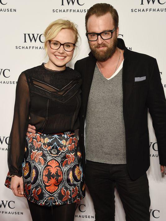 Alison Pill Marries Joshua Leonard